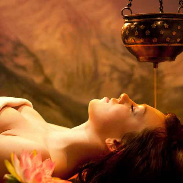 Hot Oil Massage In Dubai